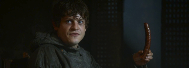 iwan-rheon-ramsay-snow-castration-sauage-game-of-thrones-mhysa-01-1280x720